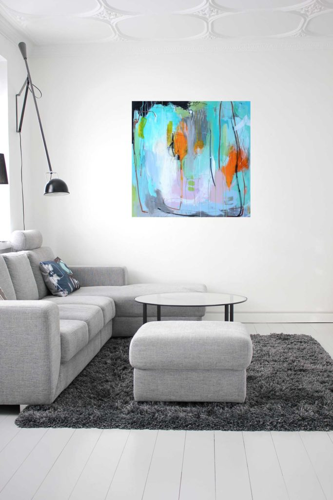 Abstrakt-maleri-ko-mig-her-og-ko-mig-der-100x100-stuemiljø-omvendt-web